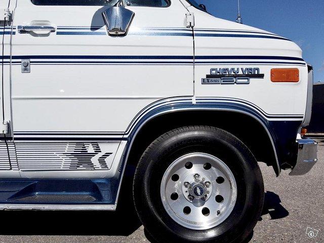 Chevrolet Chevy Van G20 9