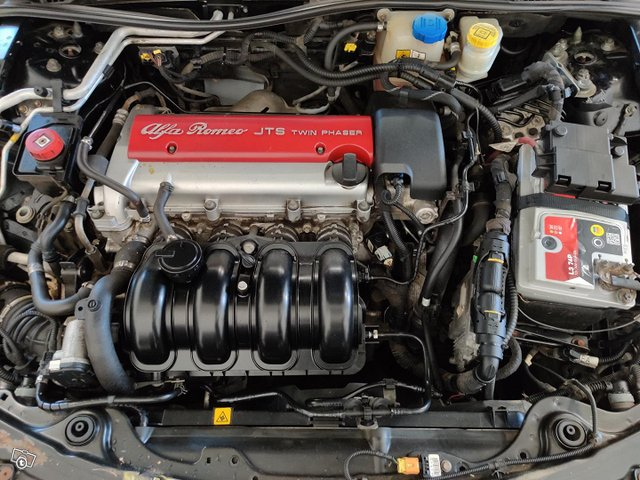 Alfa Romeo 159 11