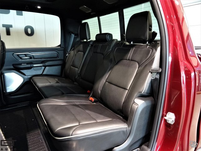 Dodge Ram 15