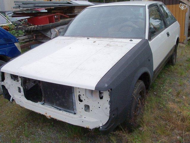 Nissan Cherry, kuva 1