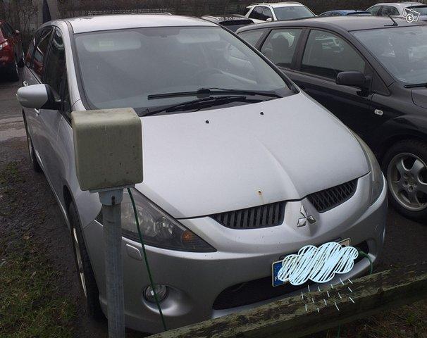 Mitsubishi Grandis, kuva 1
