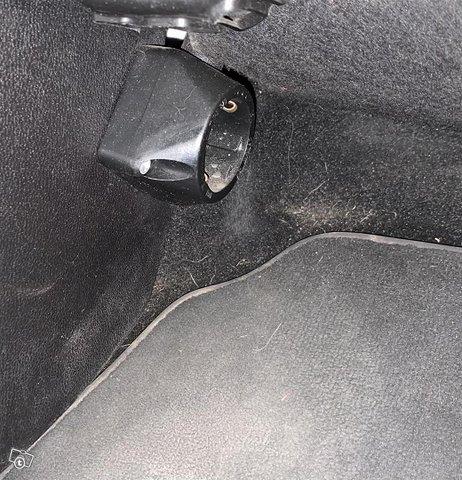 Ford B-Max 8