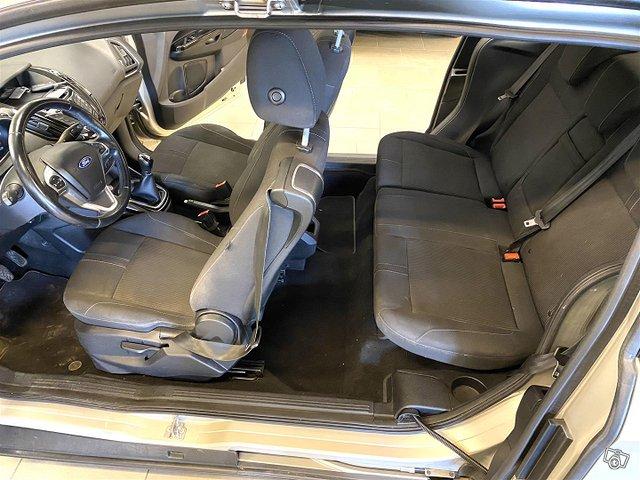 Ford B-Max 16