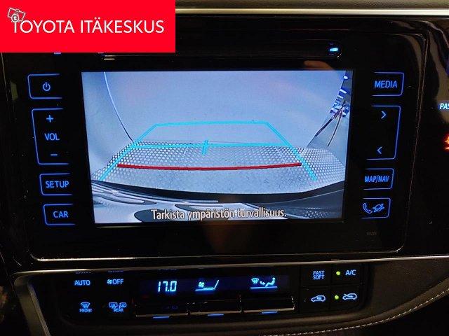 Toyota Auris 14