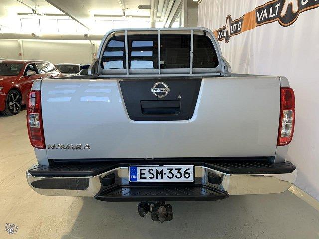 Nissan Navara 5
