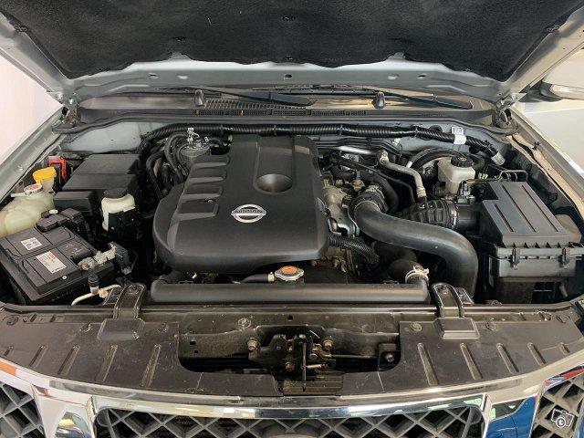Nissan Navara 11