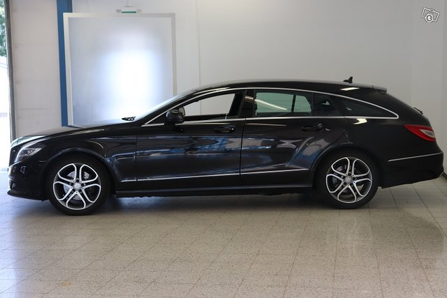 Mercedes-Benz CLS 4