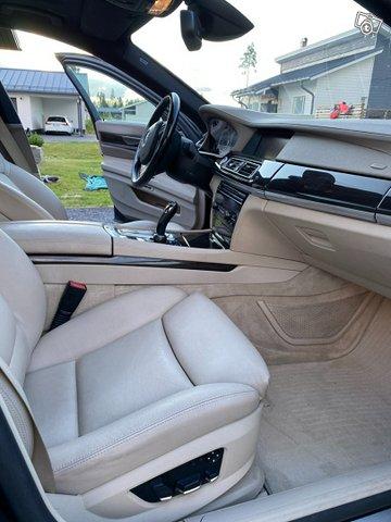 BMW 7-sarja 5