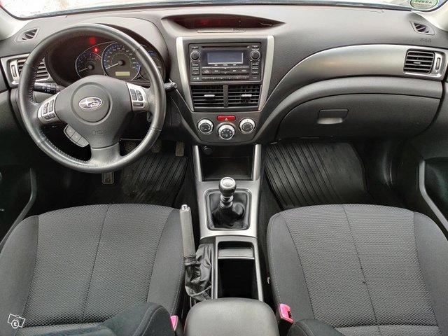 Subaru Forester 9
