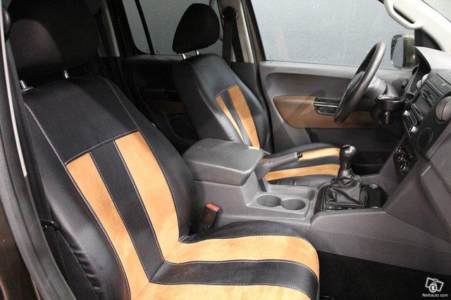 Volkswagen Amarok 25