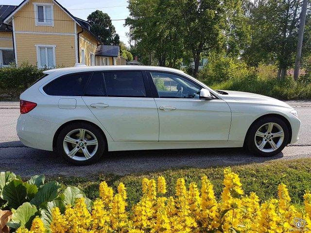 BMW 325 2