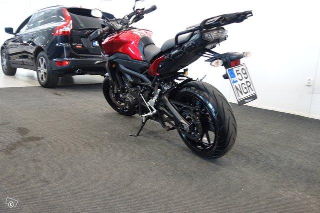 Yamaha MT-09 2