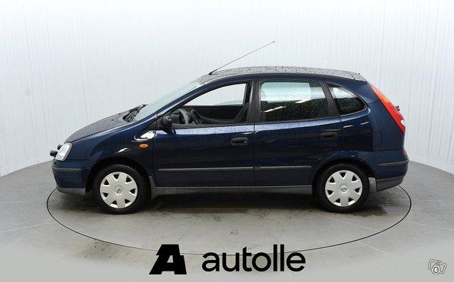 Nissan Almera Tino 8