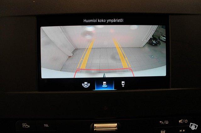 Mercedes-Benz Sprinter 10