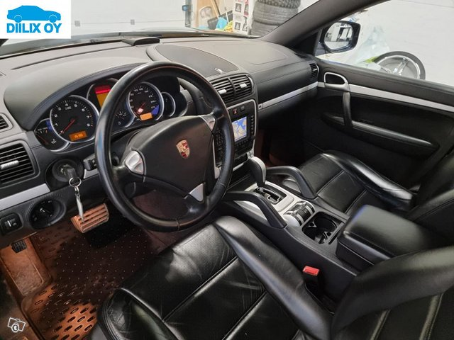 Porsche Cayenne 10