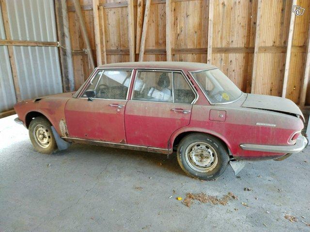 Mazda 1500, kuva 1