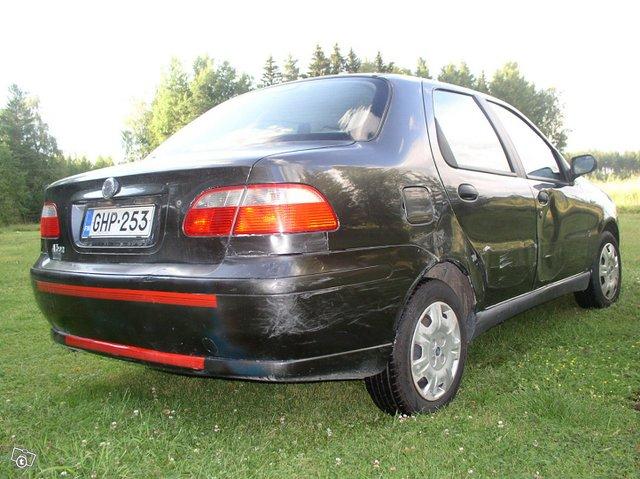 Fiat Albea 4