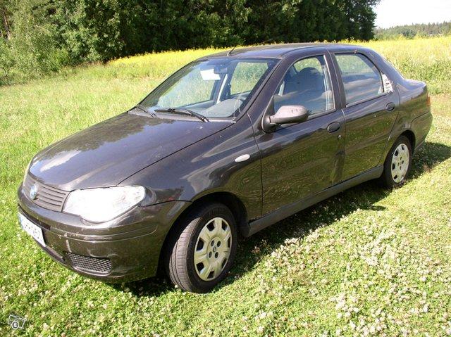 Fiat Albea 9