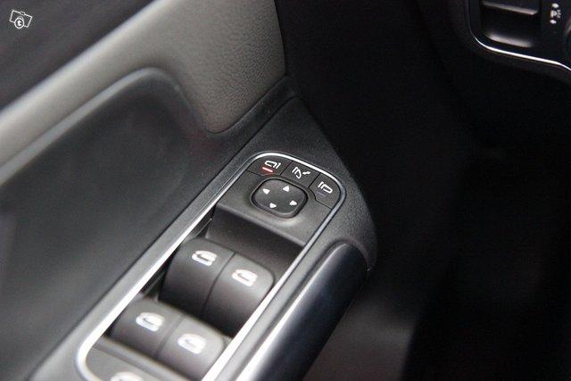 Mercedes-Benz EQA 24
