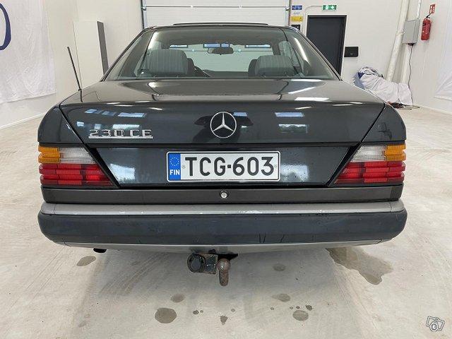 Mercedes-Benz CE 3