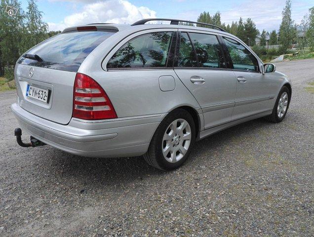 Mercedes-Benz C-sarja 4