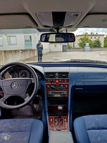 Mercedes-Benz C-sarja 5