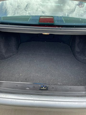 Mercedes-Benz C-sarja 9