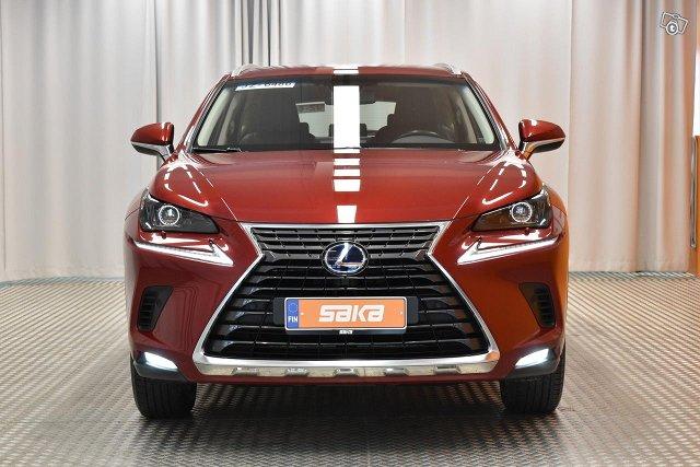 Lexus NX 2