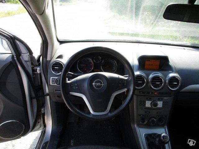 Opel Antara 8