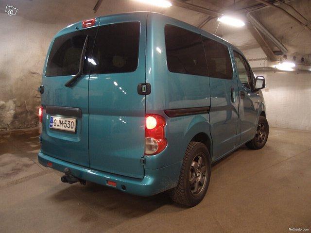 Nissan NV200 23