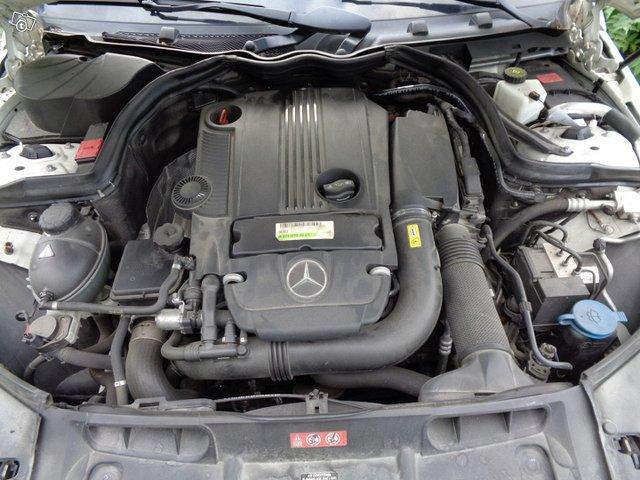 Mercedes-Benz C 180 14