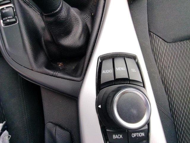 BMW 114 9