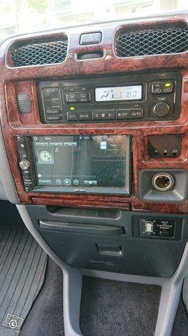 Toyota Granvia  5