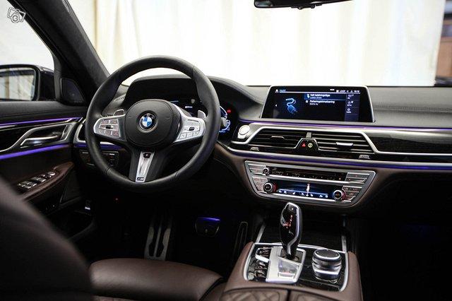 BMW 745 23