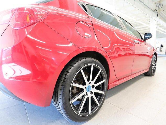Alfa Romeo Giulietta 13