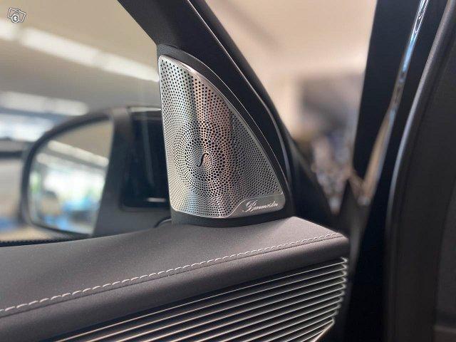 Mercedes-Benz EQC 14