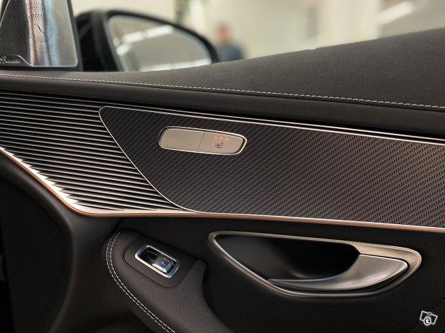 Mercedes-Benz EQC 23