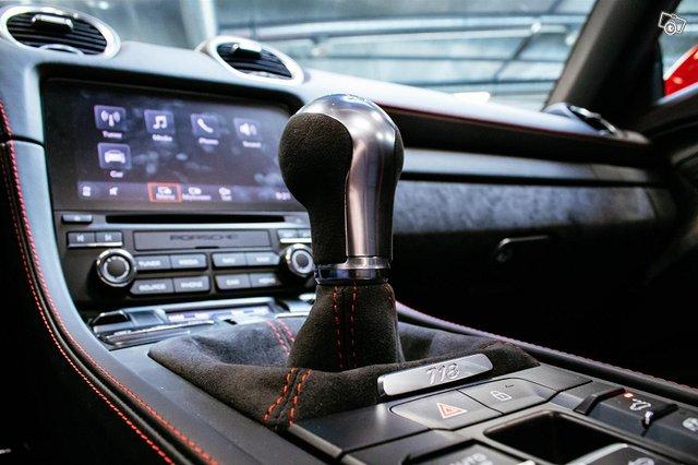 Porsche Boxster 16