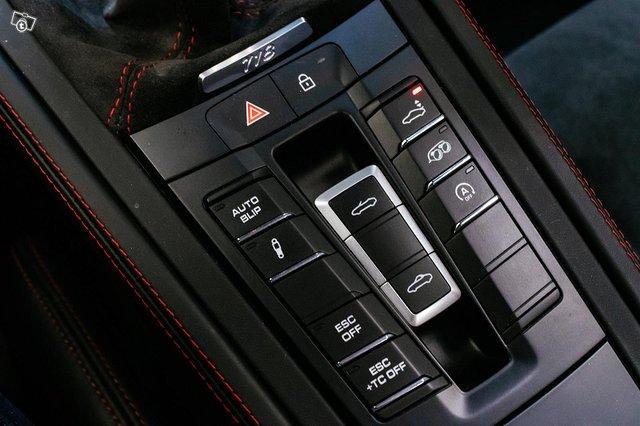 Porsche Boxster 17