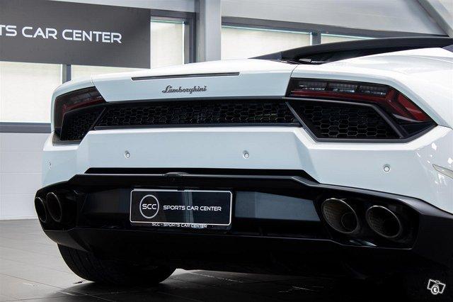 Lamborghini Huracán 8