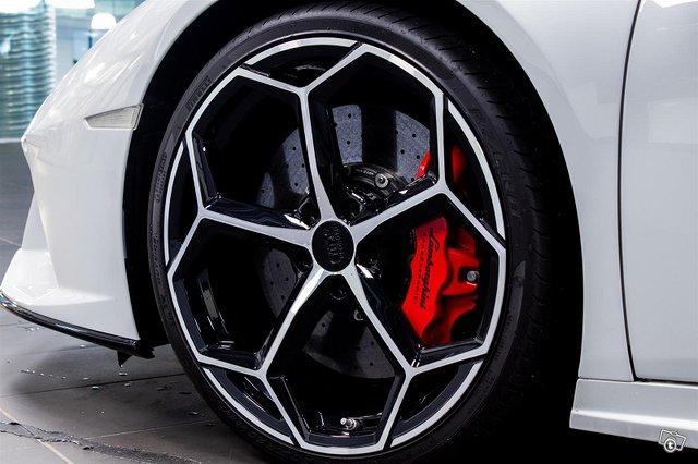 Lamborghini Huracán 9