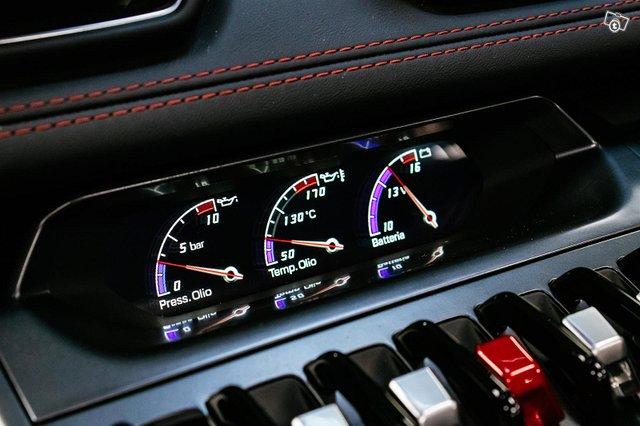 Lamborghini Huracán 19