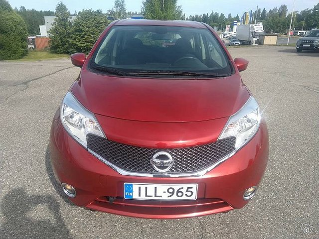 NISSAN Note 9