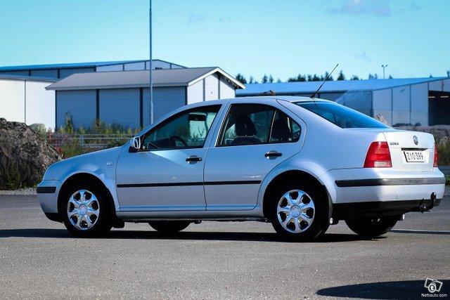 Volkswagen Bora 12