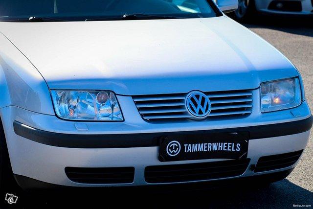 Volkswagen Bora 16