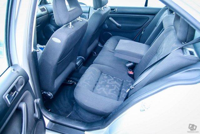 Volkswagen Bora 18