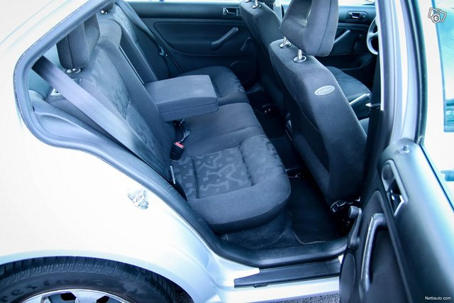 Volkswagen Bora 20