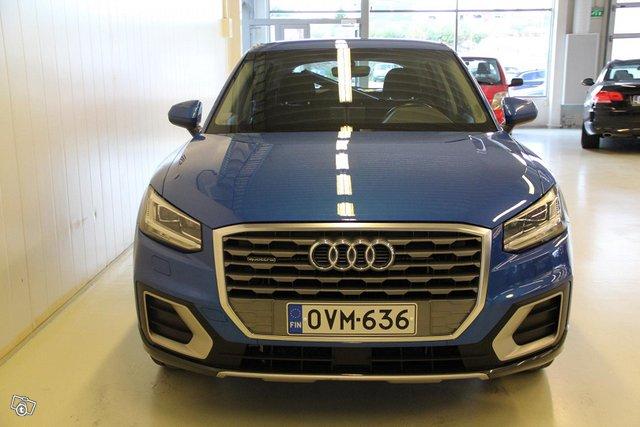 Audi Q2 5