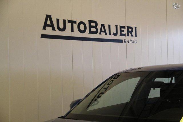 Audi Q2 8