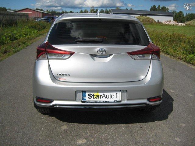 Toyota Auris Active 5
